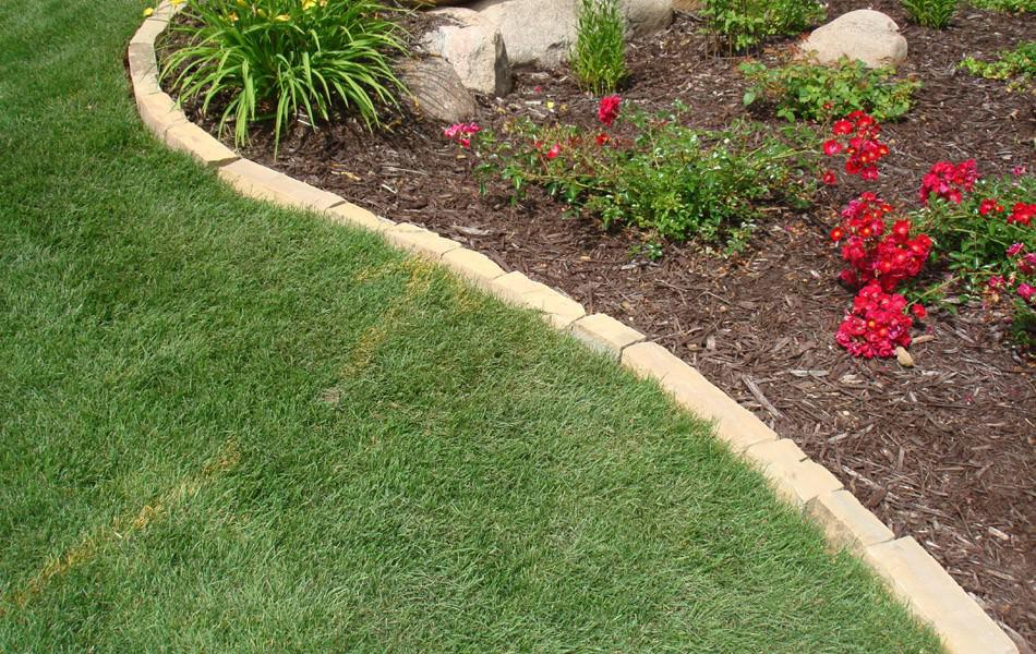 Lawn edging ideas to keep grass out the landscape market for Best grass for landscaping